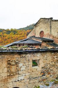 Monasterio de Montes de Valdueza