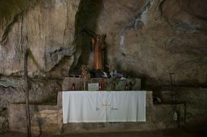 Cueva San Genadio